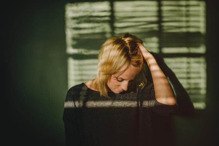 calgary portrait photographer, boudoir, fashion, leica M9, 35 summilux asph, moody, emotion, ©Gabe McClintock | www.www.gabemcclintock.com