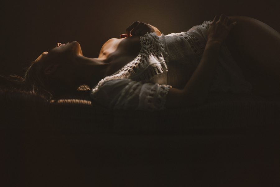 los angeles boudoir photographer, huntington beach, boudoir, California, bedroom, chasing light, natural light photography, VSCO, Leica M, M240, © Gabe Mcclintock Photography | www.gabemcclintock.com