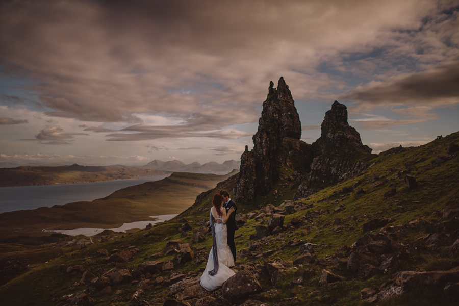 Scotland wedding photographer, Scotland wedding photography, Scotland wedding, explore Scotland, Scotland wedding photos, Isle of Skye, old man storr, connection, elopement, wedding, bride and groom, Nikon, D5, sigma art, VSCO, ©Gabe McClintock Photography | www.gabemcclintock.com