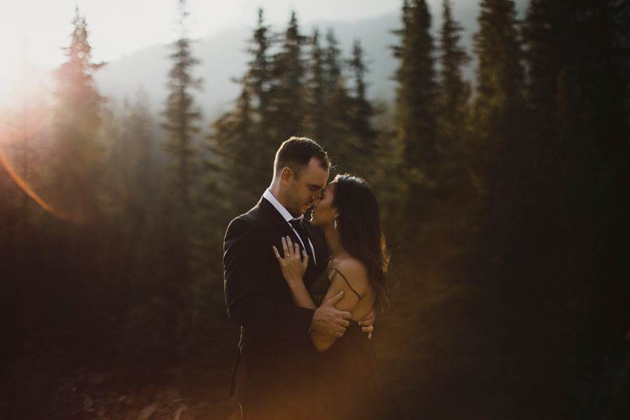 calgary wedding photographer, banff wedding photographer, banff photographer, banff wedding photography, Calgary wedding, Calgary photographer, canmore wedding photographer, mountain weddings, mountain photography, explore Alberta, moraine lake, © Gabe Mcclintock Photography | www.gabemcclintock.com