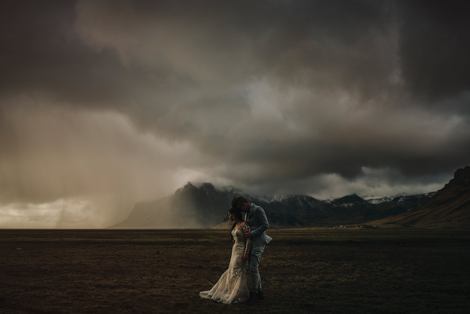 Calgary wedding photographers, Calgary wedding, wedding photography, Banff wedding photographers, Canmore wedding, destination wedding photographer, St Lucia wedding, Iceland wedding, California wedding, New York wedding, wedding photographer, worlds best wedding, canon camera, ©Gabe McClintock Photography