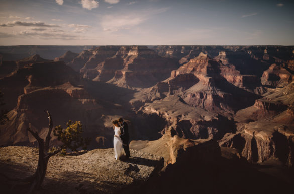 Grand canyon wedding, Grand canyon wedding photographer, Grand canyon wedding photography, Grand canyon elopement, Grand canyon wedding