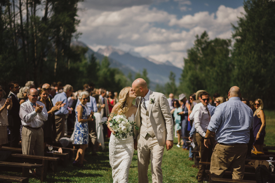 Jackson Hole wedding photographer, Jackson Hole wedding photography, Jackson Hole wedding photos, explore Jackson Hole, Wyoming wedding photos, Jackson Hole, Tetons, connection, elopement, wedding, bride and groom, canon, 5D MKIV, ©Gabe McClintock Photography | www.gabemcclintock.com